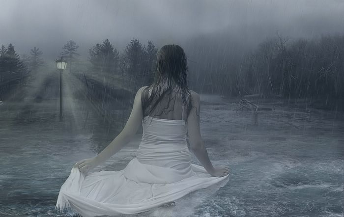 رومانسية photo_manipulation_Lady_In_The_Water.jpg